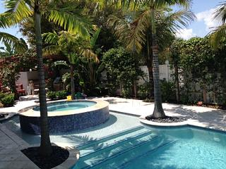 Private Beach Home w/pool MONTHLY SPECIAL**, Isla Hutchinson