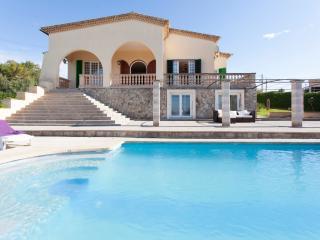 Fantástica Villa - tenis - piscina, Sa Cabaneta