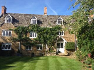 16th Century Court House available for B&B, Sibford Gower