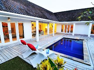 Real Best Value Luxury Villa in the great Location