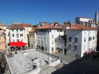 TOP Line apartments, Piran
