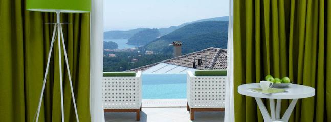 Villa Regina - Luxury Villa With Swimming Pool, Parga