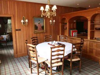 048b-Modern luxury lodge, Ballater