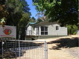 Halls Gap Rosella Cottage Accommodation