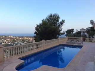 Breath Taking View, Private Pool, AC, WiFi, TV, Moraira