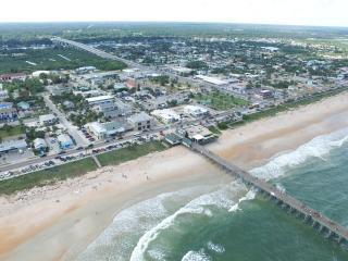BEAUTIFUL BEACH HOME, Flagler Beach