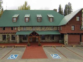 Rainbow Lodge, Soda Springs