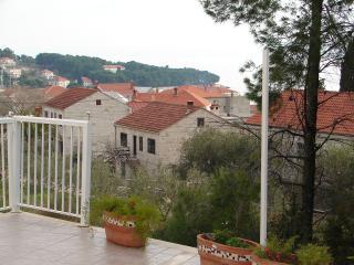 Crni(2+2): terrace