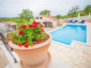 58950-Holiday house Porec, Karojba