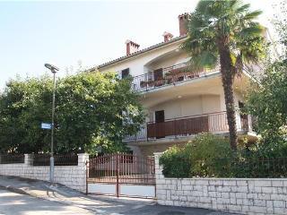 6541-Apartment Porec