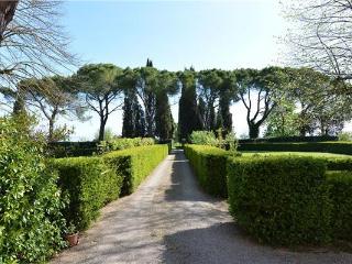 5 bedroom Villa in Ville Di Corsano, Tuscany, Italy : ref 2373689, Ville di Corsano