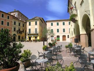 Mon Amour, central Trevi, sleeps 12, Rome 1 hour, Spoleto
