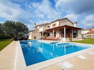 Villa in Svetvincenat, Istria, Croatia, Smoljanci