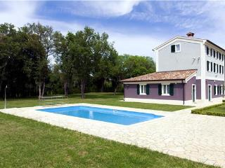 Villa in Fažana, Istria, Croatia, Valbandon
