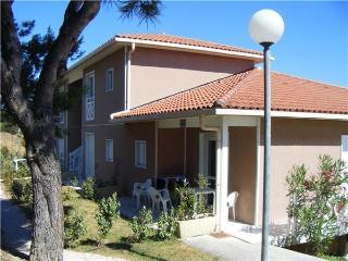 41778-Apartment Carnoux, Carnoux-en-Provence