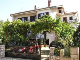 10983-Holiday house Porec, Mali Maj