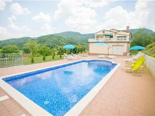 4 bedroom Villa in Buzet, Istria, Buzet, Istria, Croatia : ref 2300951
