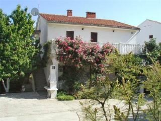 10050-Apartment Krk, Baska