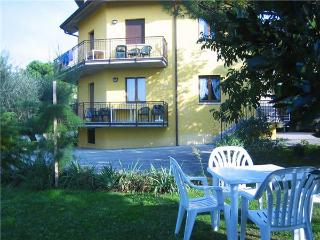 15364-Apartment Lazise
