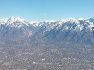 IDEAL SL CITY / VALLEY LOCATION = 7 RESORTS CLOSE!, Salt Lake City