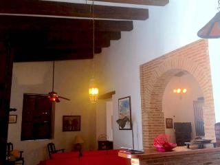 Beautiful Colonial House in Touristic Zone., Santo Domingo