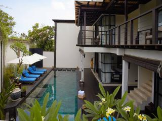 3 bedroom Villa Santai