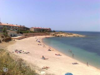 2 bedrooms flat, swimmingpool, seaside, see view