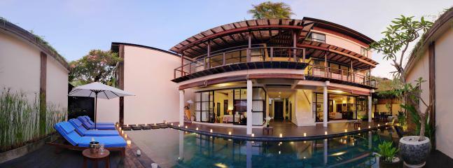 Panoramic photo villa surrounding