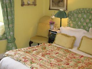 The Yellow Room, Tawstock