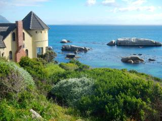 Ocean-Front Luxury In Simon's Town Near Cape Point