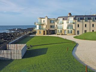 Causeway Coast Rentals - The Lighthouse