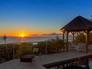 A Private Villa in the Hillside of Colombier, Enjoy Beautiful Sunsets, Anse des Flamands