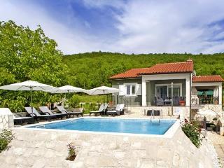 Villa Paliska, Labin