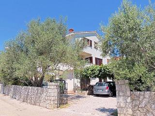 02101 Large comfortable apartment, Krk