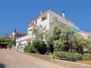 08801 Nice apartment in town Krk