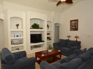 Spacious 3 Bedroom 2 Bath Pool Home 10 minutes from Disney. 15405BVD