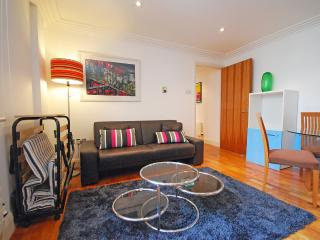 Covent Garden 1 Bed Apartment, London