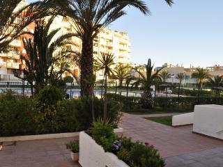 Apto 2 dormitorios terraza y vistas al puerto