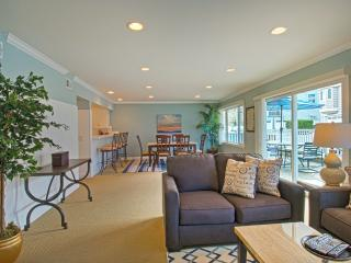 4710 A Seashore Drive - Lower 2 Bedroom 1 Bath, Newport Beach