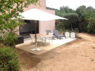 Appartement en rez de jardin de 1 à 4 personnes, Cavalaire-Sur-Mer