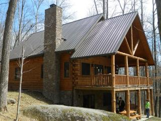 Beautiful and Secluded Amish Built Log Cabin, Logan