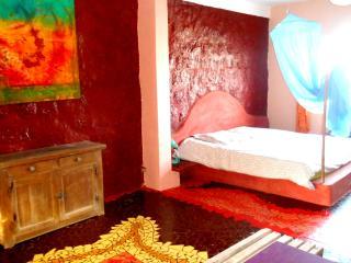 grande chambre dans maison d'artiste île de Ngor
