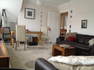 Bright and Spacious Beach Apartment, Bournemouth