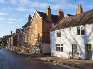 58 Marygate York, central, luxury 300 y/o cottage