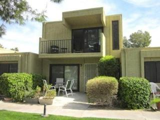 VILLA ON GOLF COURSE WITH FAIRWAY & MOUNTAIN VIEW, Palm Springs