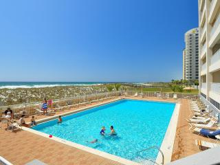 ABSOLUTE Gulf front, superb view, huge balcony, pool, grill, free wifi, parking