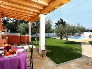 Villa Angelika - 3 bedrooms with private pool & Wi-Fi !!!