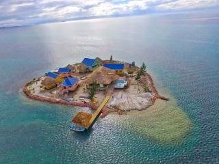 Little Harvest Caye - Private Island, Placencia BZ