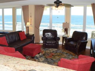 Direct Oceanfront 3 Bedroom Condo--No drive beach!, Daytona Beach