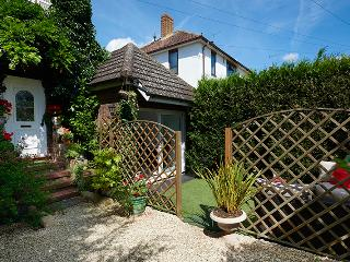 *** Bijou Boutique Studio & Private Garden ***, Maidenhead